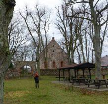 Barnisław-przy kościele