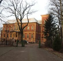 Karszno-pałac na brzegu Jez.Nowowarpieńskiego