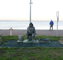 Nowe Warpno-pomnik Rybaka