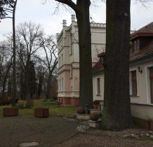 Ostoja -pałac zwany dworem