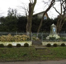 Siadło Górne- kapliczka ( dawniej pomnik ofiar I wojny światowej)