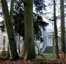 Trzebieradz- pałac jest pilnie strzeżony