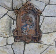 Żarki- w murze bramnym