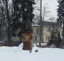 Żarki- pomnik ks. Gietyngiera