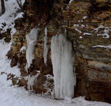 Rudawka Rymanowska-jakby wypływały ze skał
