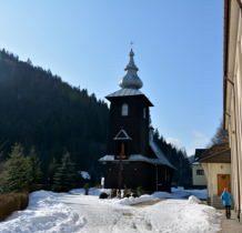 Szczawa-drewniany kościół z lat 1958-59