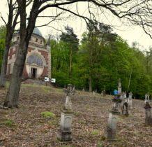 Myców-cmentarz z kaplica