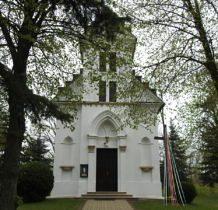 Malice-kaplica grobowa-obecnie kościół filialny