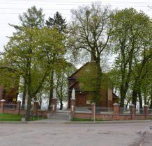 Moniatycze-kościół z dzwonnica
