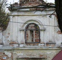 Moroczyn-zespól dworski mieścił POM,później szkołę
