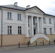 Hrubieszów-zabytkowy dworek z XIX w.