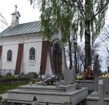 Hrubieszów-neogotycka kaplica pogrzebowa Korytyńskich z 1860 roku