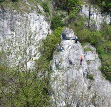 na skałach trwa wspinaczka