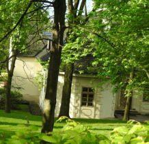 Karniowice -dwór XVIII w
