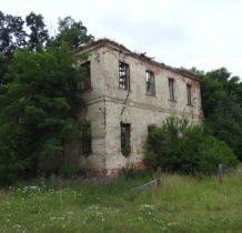 Moczydlnica Klasztorna-ruiny pałacu z końca XVII wieku