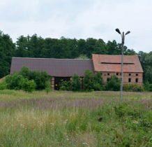 Moczydlnica Klasztorna-zabudowania folwarku