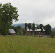 wokół cerkwi stare lipy