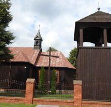 Brodnia- kościół z dzwonnica
