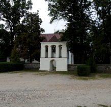 Siedlatków- kościół z kamienia polnego i cegły