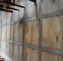 Stary Gostków- podłoga na korytarzu