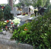 Szadek-mogiła żołnierzy poległych w 1939 roku