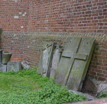 Szadek- tablice epitafijne i nagrobne