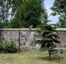 Tur- na kościelnym murze