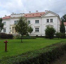 Wojsławice- pałac od frontu