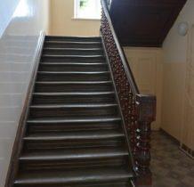 Wojsławice- pałacowe schody- teraz szkolne prowadzace na piętro
