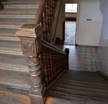 Wojsławice- w pałacu znajduje się Szkolna Izba Regionalna