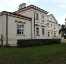Wojsławice- pałac od strony parku