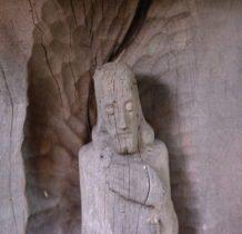 Wola Flaszczyna- kapliczka z cenna rzeźba Chrystusa