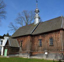 Chomentów- kościół z dobudowana mała zakrystia
