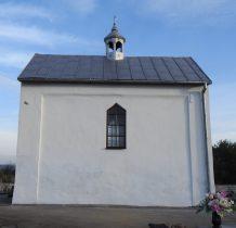 Imielno- kaplica grobowa na cmentarzu