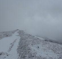tam we mgle szczyt Wielkiej Rawki