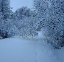 napadało śniegu kupę i pierwsza przeszkoda na drodze