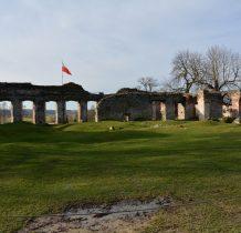 Sobków- ruiny zaadaptowane do celów historyczno-rozrywkowo-komercyjnych