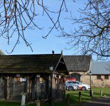 Sobków- budynek dla ptaków, woliera