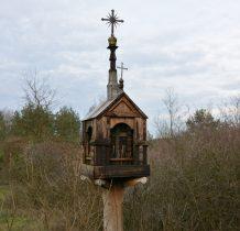 Tokarnia-zabytkowa kapliczka