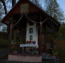 Zawadka- kapliczka przy drodze