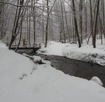 potok ma nieco ponad 16 km długości