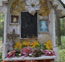 Wołów-kapliczka cmentarna