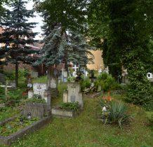 Wołów-nieczynny cmentarz z XVII wieku
