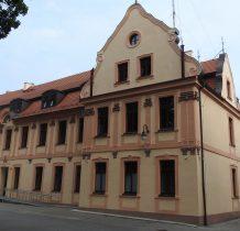 Wołów-pałac-obecnie Komenda Powiatowa Policji