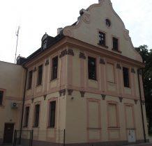 Wołów-pałac
