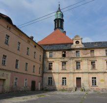 Wołów-kościół i klasztor