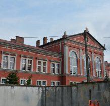 Wołów-zabytkowy budynek liceum z lat siedemdziesiatych XIX wieku