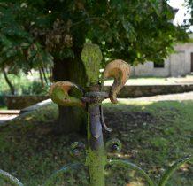 Mojęcice-detale ogrodzenia