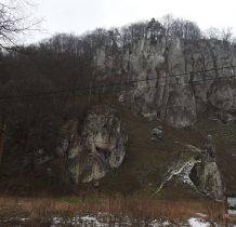 tam w górze Jaskinia Ciemna