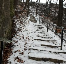 schody oblodzone
